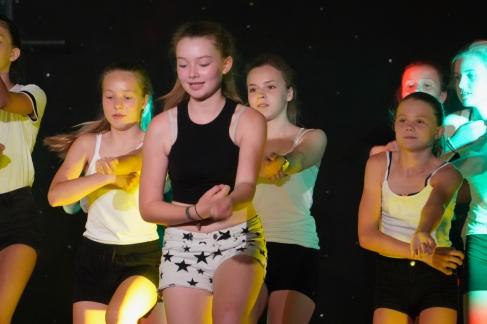 DANCE - 130